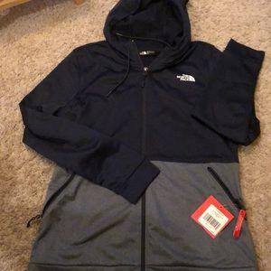 NWT The North Face womens medium zip hoodie